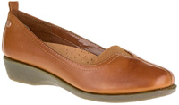 Pearl by Hush Puppy in Tan